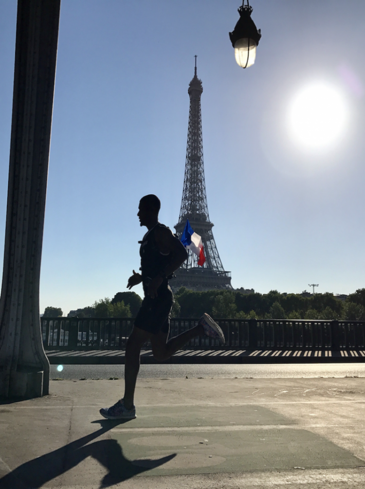 Sunrise Run & Sightseeing in Paris (long version)